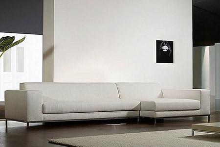 Divani divani in pelle divani angolari divani moderni for Divani moderni pelle